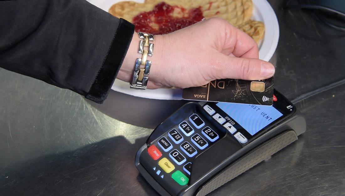 973c5f70 Norge sakker akterut på kontaktløs betaling med kort