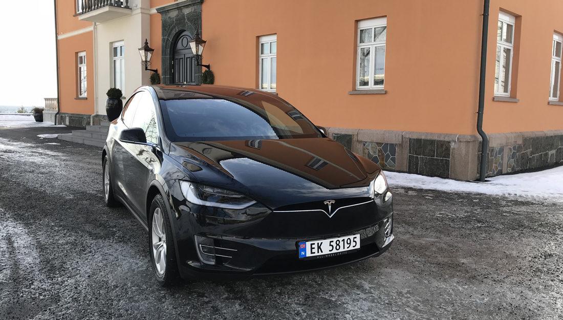 tesla enkel bilhandel app